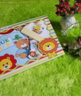 paket kado bayi lion biru topi kuning 63 terdiri dari kaos lengan panjang,celana,topi bayi bahan lembut