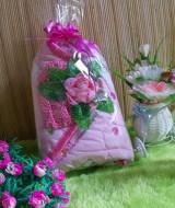TERMURAH paket kado bayi PINKY bunga 45 terdiri dari selimut bepergian pink dan turban rajut bunga mekar pink cantik