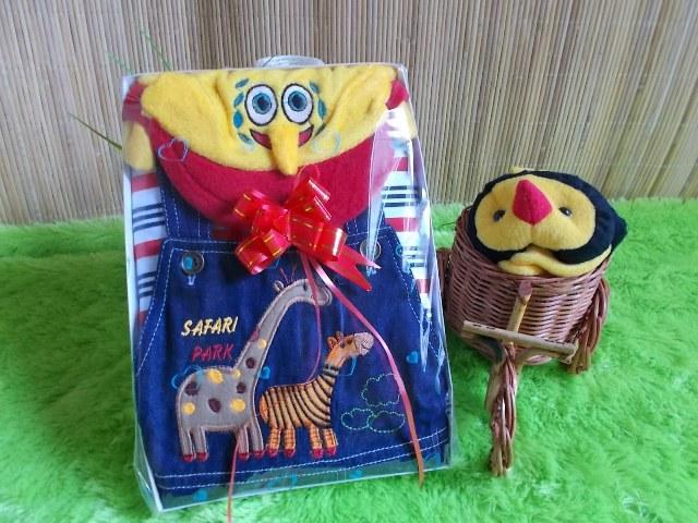 TERMURAH paket kado bayi cowok jeans baby gift set spongebob 70 terdiri dari kaos bayi,celana kodok bayi dan topi spongebob cocok banget buat kado
