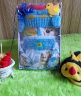 TERMURAH paket kado bayi girly biru Rp 49.000 terdiri dari baju bayi,rok celana lucu,bandana rajut,dan topi rajut cantik cocok untuk kado