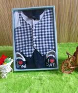 baby gift set paket kado bayi cowok navy Rp 70.000 terdiri dari baju rompi kotak-kotak,sepatu,dan celana cocok untuk kado