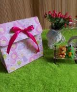 kemasan kado, bungkus kado, gift bag PITA baby girl 10rb bahan tebal dan kaku jadi bisa digunakan berulang kali cocok banget untuk bungkus kado ukuran 20x10x20 cm