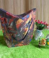 kemasan kado, gift bag TULIP SPIDERMAN 15rb bahan tebal dan kaku jadi bisa digunakan berulang kali cocok banget untuk bungkus kado ukuran 35X15X41cm
