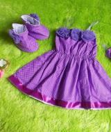 baju pesta bayi set dress bayi,sepatu boots prewalker,bandana cantik polka ungu Rp 100.000 muat untuk bayi 0-6 bulan bahan katun