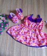 baju pesta bayi set dress bayi,sepatu boots prewalker,bandana cantik bunga pink ungu Rp 100.000 muat untuk bayi 0-6 bulan bahan katun bikin dedek bayi tambah cantik