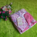 selimut carter double fleece bayi motif kupu pink