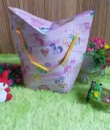 kemasan kado, bungkus kado, tas souvenir, tas kado, paper bag, gift bag TULIP LITTLE PONY PINK 15 bahan karton tebal dan kaku jadi bisa digunakan berulang kali,