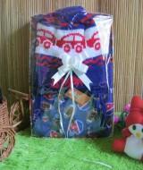 Paket Kado Bayi Baby Gift Biru Elektrik 59 terdiri dari Jaket Jubah Babycape, Topi Rajut bayi bahan lembut adem, cocok untuk kado