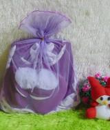 EXCLUSIVE paket kado bayi gamis boots hijab bayi 0-12bulan love putih ungu 115rb cocok untuk kado,bahan lembut dan adem,dikemas dalam kain tile yg cantik dan menarik