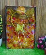 paket kado bayi kuning polka cantik 60 terdiri dari dress bayi cantik,bando bayi cantik,dan turban bayi cantik,cocok banget utk kado