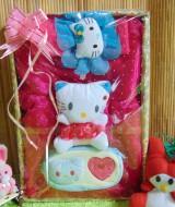 Paket Kado Bayi Baby Gift Dress Pink Fanta Mekar Hello Kitty Series 57 terdiri Dress pesta,bandana hello kitty dan dompet hello kitty, serta boneka hello kitty cantik