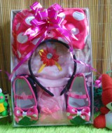paket kado bayi minnie mouse cantik 60 terdiri dari dress pesta susun tile cantik,bando,dan sepatu polka pink,muat untuk 0-6bulan