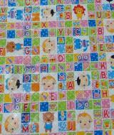 perlak bayi alas ompol jumbo motif kotak alphabet lucu hijau 32 ukuran 99x77cm,juga cocok untuk kado bayi baru lahir