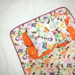 EKSKLUSIF Kado Bayi Baby Bedding Set 4in1 Matras Perlak Set Bantal Peang Plus 2 Guling motif Disney Tsum Tsum Orange