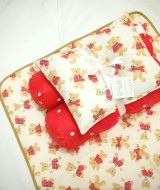EKSKLUSIF Kado Bayi Baby Bedding Set 4in1 Matras Perlak Set Bantal Peang Plus 2 Guling motif Teddy Bear