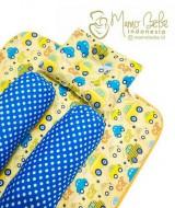 EKSKLUSIF Kado Bayi Baby Bedding Set 4in1 Matras Perlak Set Bantal Peang Plus 2 Guling motif Car Kuning