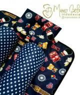 EKSKLUSIF Kado Bayi Baby Bedding Set 4in1 Matras Perlak Set Bantal Peang Plus 2 Guling motif London Navy