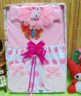kado Lahiran Paket Kado Bayi Baby Gift Dress Pink Murah Meriah Cantik 52 terdiri Dress  bayi 0-9bln,bando bulu hello kitty dan serta sarung tangan dan kaki bayi