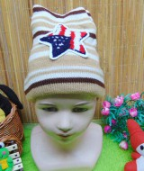 foto utama - kado bayi topi rajut lembut anak bayi 1-3th motif bintang cream (2)