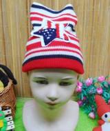 foto utama - kado bayi topi rajut lembut anak bayi 1-3th motif bintang merah (2)