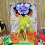 FREE KARTU UCAPAN Kado Lahiran Box Paket Kado Bayi Perempuan Cewek Baby Gift Dress Kuning Bunga Cantik