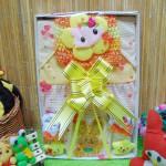 FREE KARTU UCAPAN Kado Lahiran Box Paket Kado Bayi Perempuan Cewek Baby Gift Dress Kuning n Baby Sock