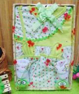 Kado Lahiran Box Paket Kado Bayi Perempuan Cewek Baby Gift Dress Merah Salur n Baby Sock 55 terdiri Dress bayi 0-9bln dan kaos kaki bayi boneka