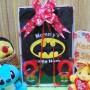 foto utama - paket kado box bayi newborn cowok laki-laki baby gift hadiah lahiran karakter superhero batman