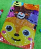 utama - kado bayi baby new born gift hadiah lahiran selimut topi bulu tebal hangat lembut motif boneka orange (2)