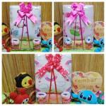 Foto utama FREE KARTU UCAPAN Kado Lahiran Paket Kado Bayi Baby Gift Box Selimut Carter Plus Baby Sock GIRL