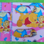 foto Utama Kado Bayi Set Kasur Bayi Jumbo Lapis Perlak Motif Winnie The Pooh Pink