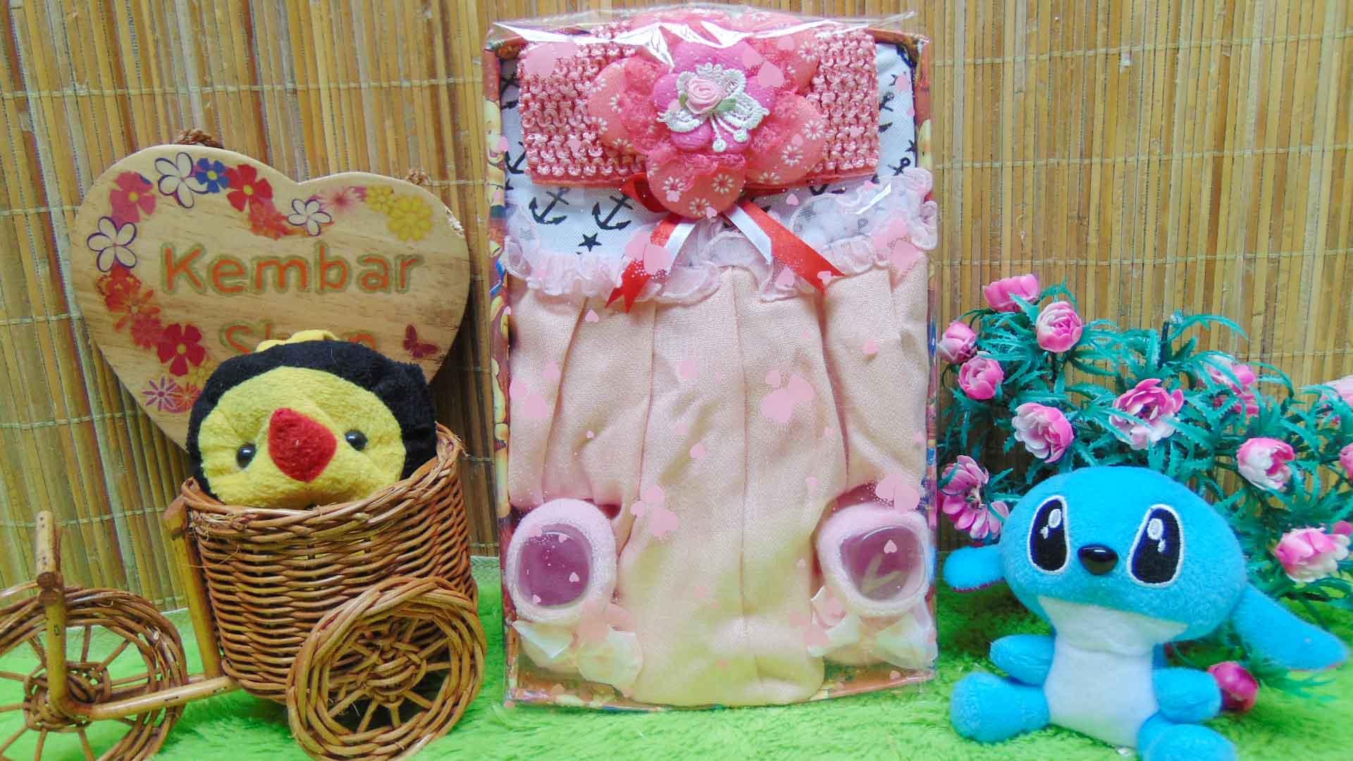 FREE KARTU UCAPAN Kado Lahiran Box Paket Kado Bayi Perempuan Cewek Baby Gift Dress Sock sailor pink 55 terdiri Dress pesta bayi 0-12bln, kaos kaki pita polka, dan bandana jaring bunga