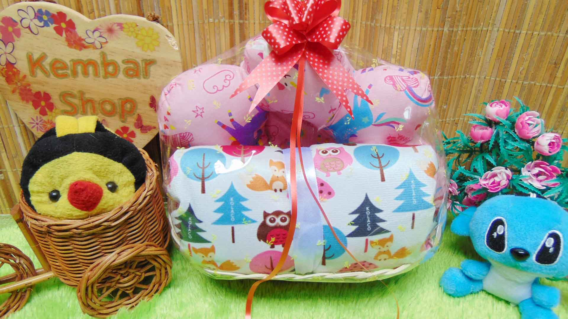 foto utama paket kado bayi baby gift kado melahirkan-parcel kado bayi parsel bayi keranjang spesial bantal selimut ANEKA WARNA