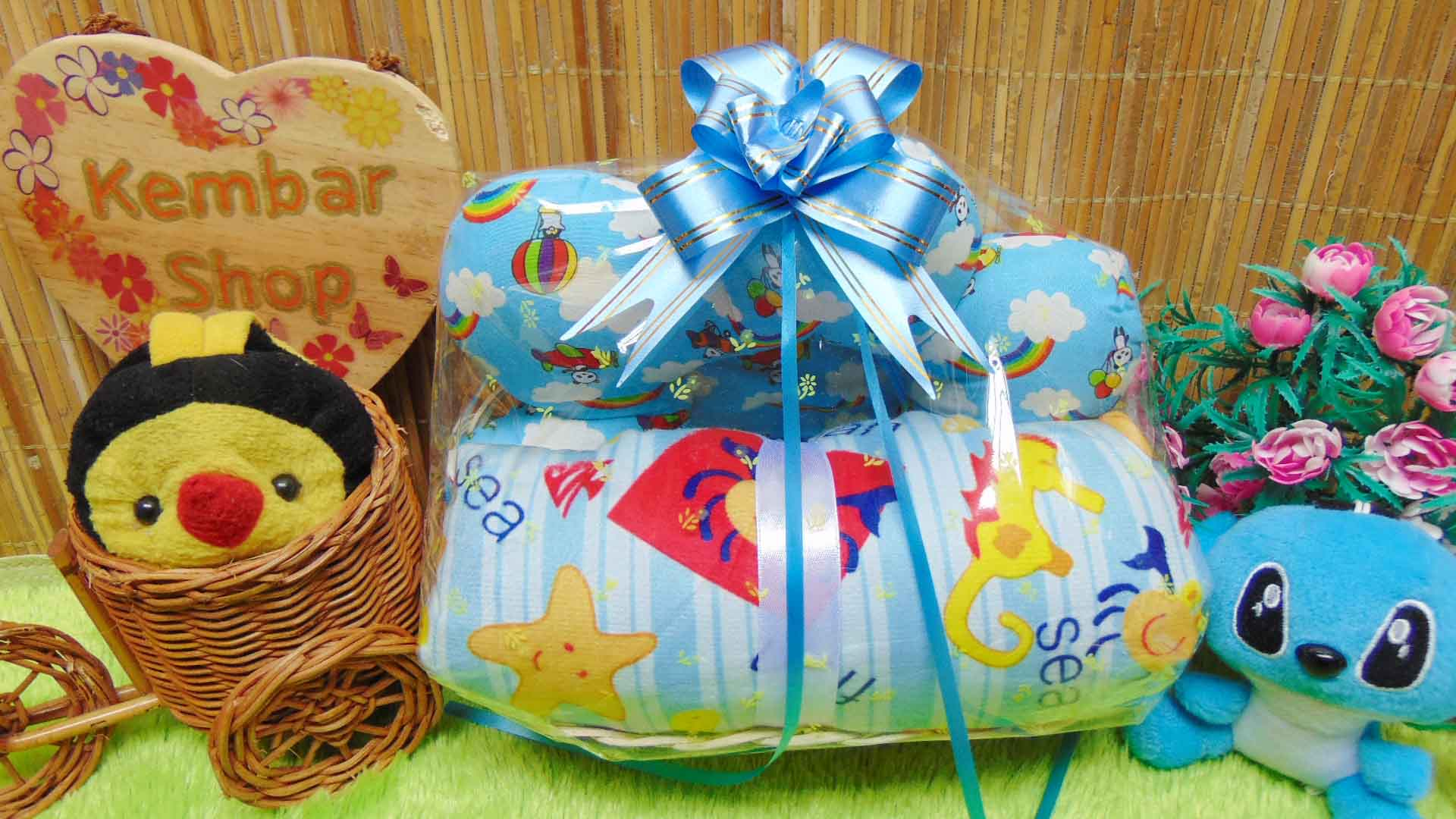 paket kado bayi baby gift kado melahirkan-parcel kado bayi parsel bayi keranjang spesial bantal selimut ANEKA WARNA