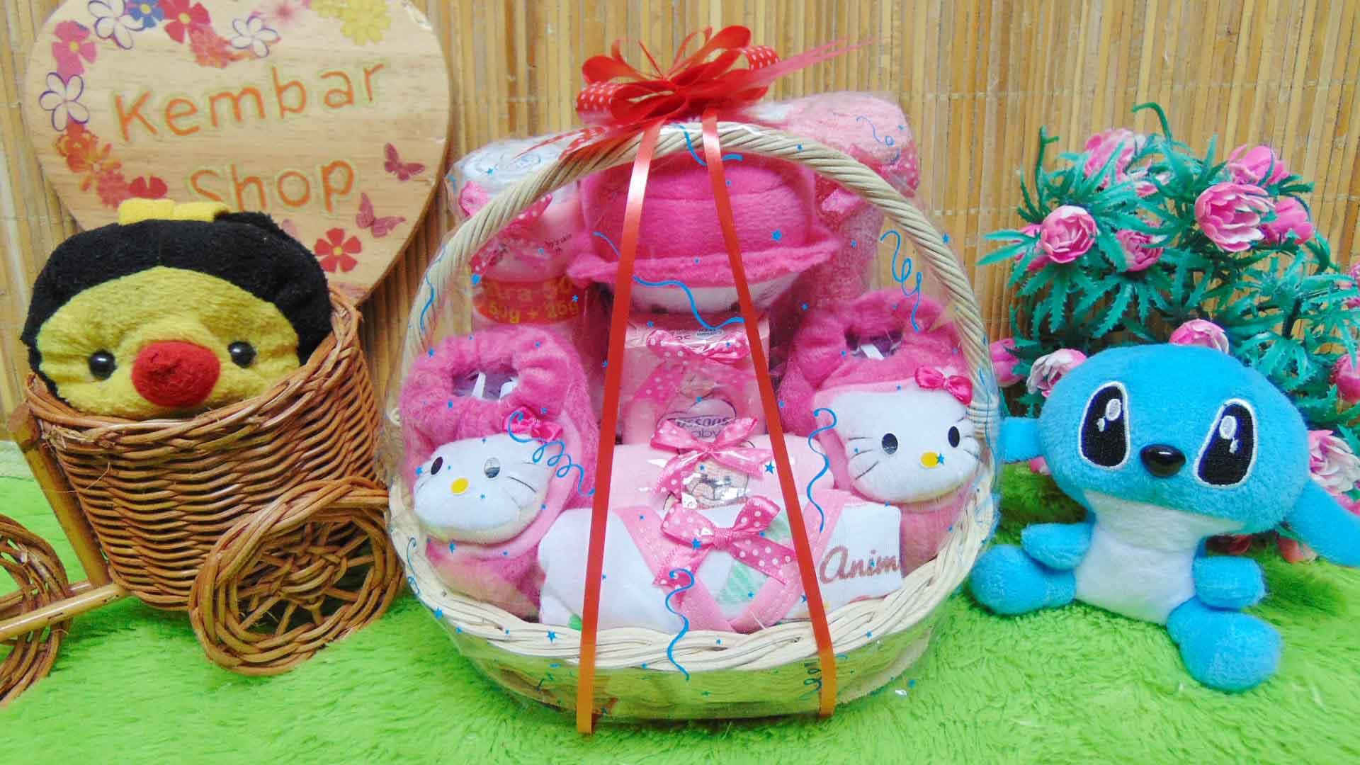 paket kado bayi baby gift kado melahirkan-parcel kado bayi parsel bayi keranjang spesial karakter Disney Komplit