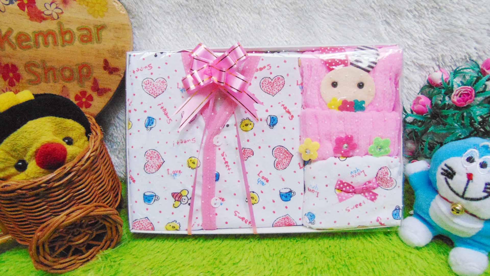 FREE KARTU UCAPAN Kado Lahiran Paket Kado Bayi Newborn Baby Gift Box Lebah Rajut Full Package Aneka Warna (10)