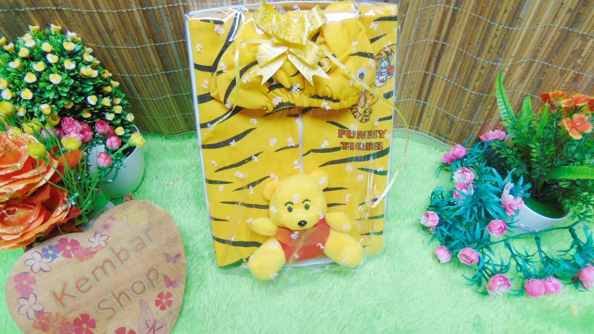 FREE KARTU UCAPAN paket kado lahiran bayi baby gift set box jaket plus boneka motif Tiger Harimau Aneka warna (1)