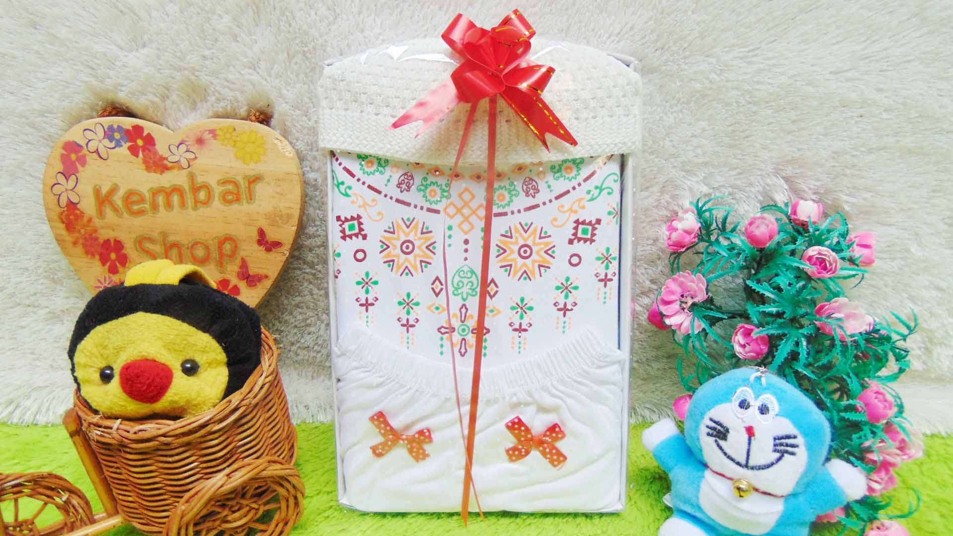 Paket kado bayi baby gift box newborn baju koko putih list PLUS PECI ANEKA WARNA