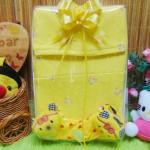 foto utama FREE KARTU UCAPAN Kado Lahiran Box Paket Kado Bayi Perempuan Cewek Baby Gift Set Gamis Sock Jilbab