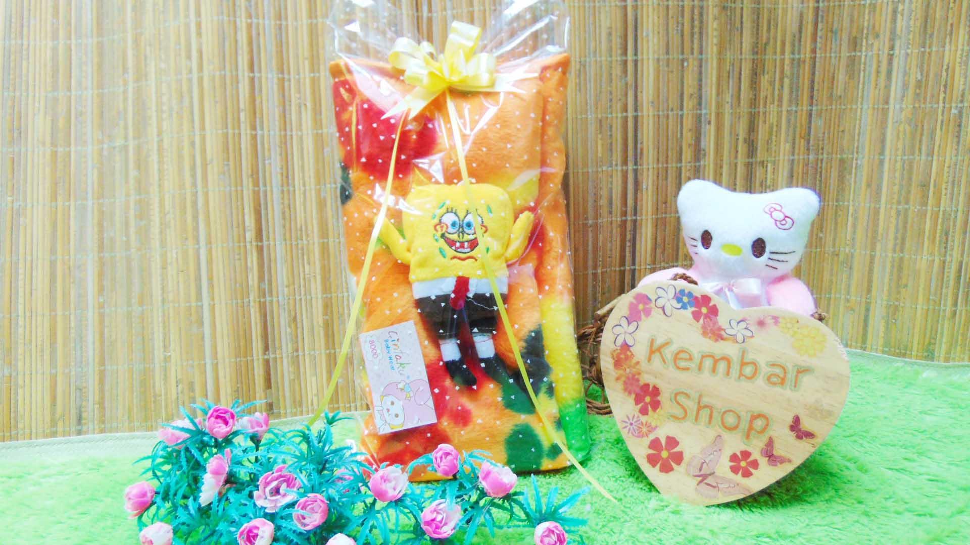 FREE KARTU UCAPAN kado bayi baby gift set selimut topi bayi bludru plus boneka (5)