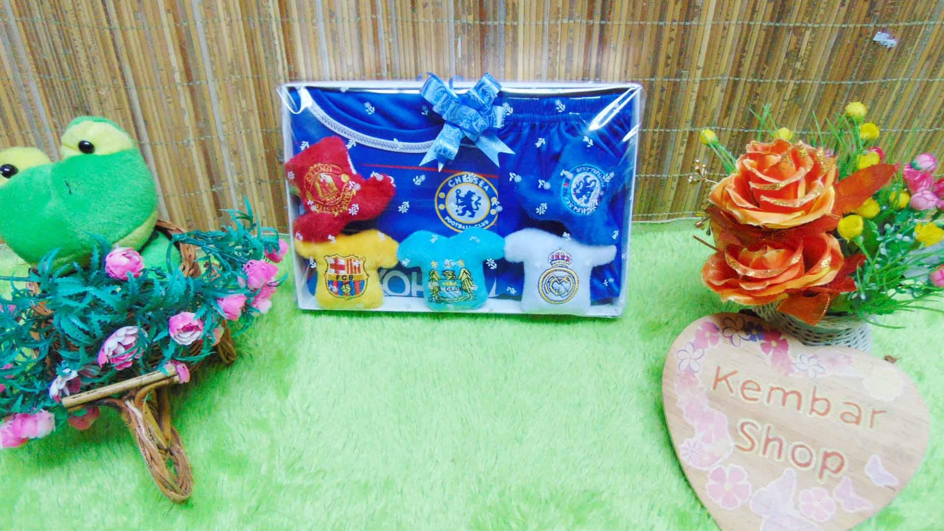 FREE KARTU UCAPAN Paket Kado Bayi Baju Bola Plus (3)