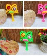 kado icik-icik rattle krincingan kupu mainan bayi baby toys warna random (