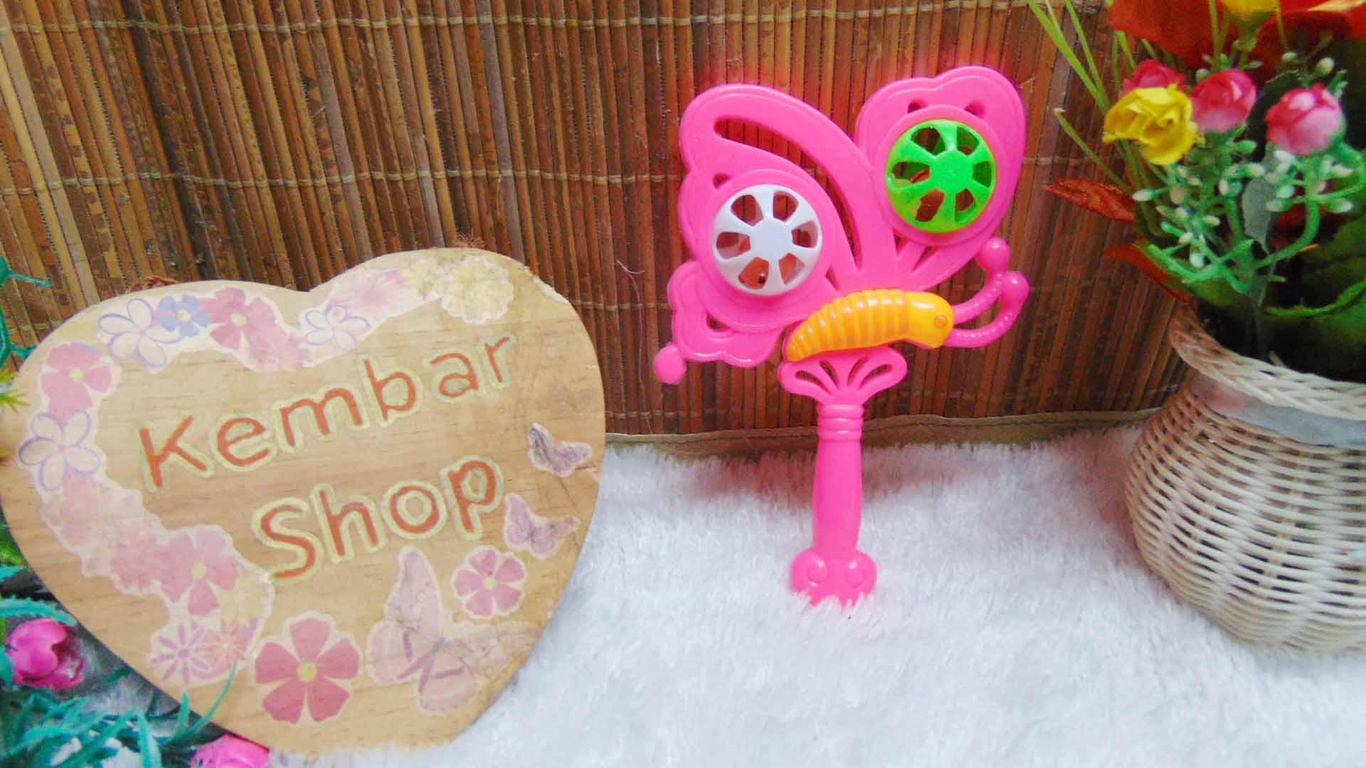 kado icik-icik rattle krincingan kupu mainan bayi baby toys warna random (1)