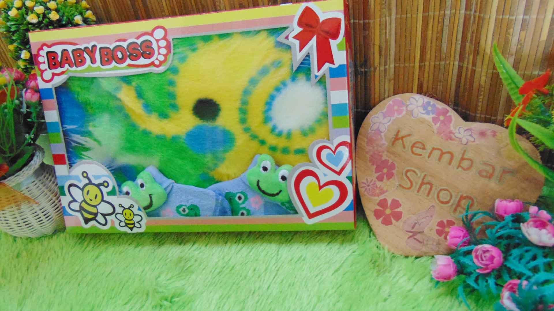 FREE KARTU UCAPAN Paket Kado Bayi Baru Lahir BabyBoss Selimut Bludru Kaos Kaki Boneka (2)