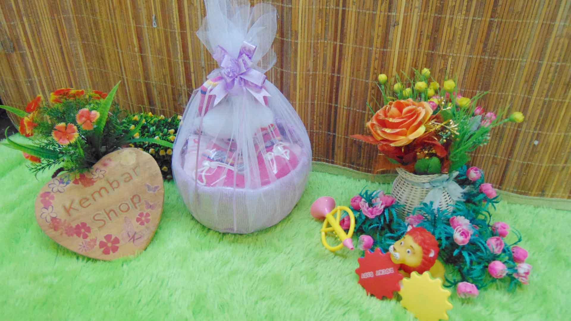 FREE KARTU UCAPAN Parcel Kado Bayi Boy Girl Handuk Tile Cantik (11)