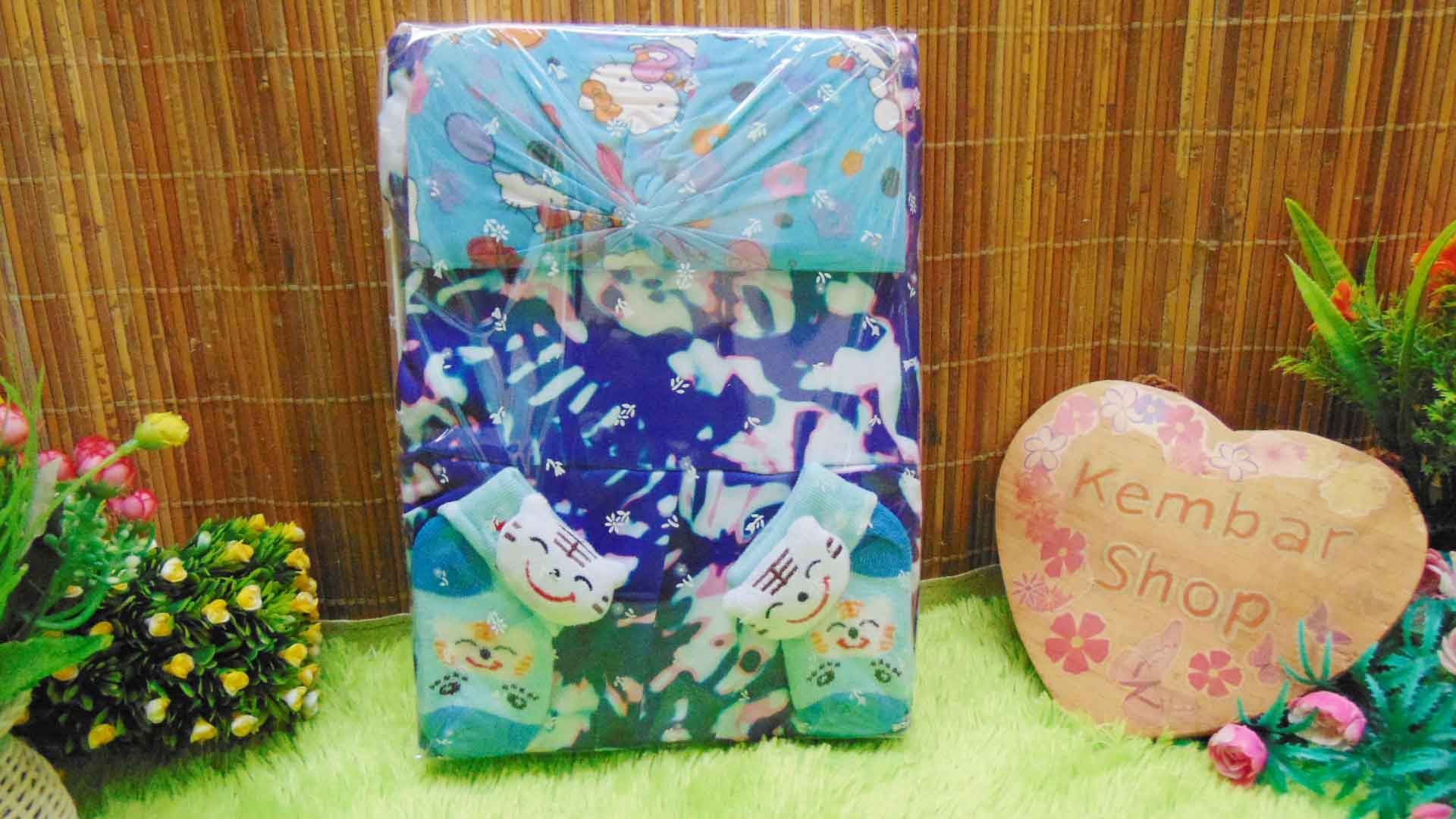 FREE KARTU UCAPAN TERMURAH COD Paket Kado Bayi Perempuan Baby Gift Set Girl Dress Sock Turban Random (4)