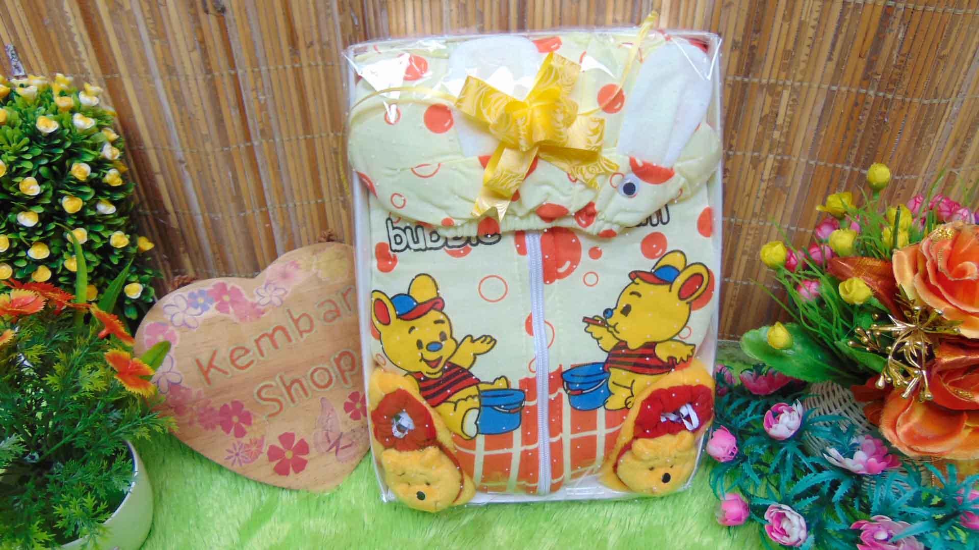 Paket Kado Bayi Jaket Plus Sepatu Boneka Karakter FREE KARTU UCAPAN (4)