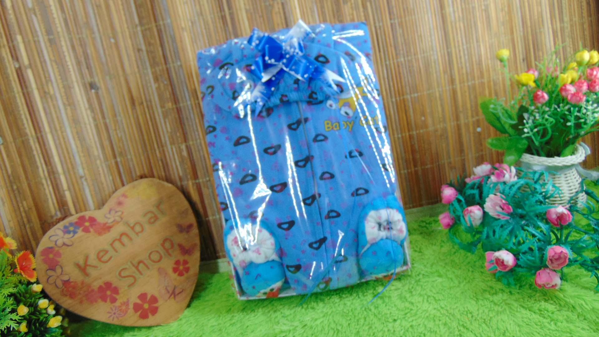 FREE KARTU UCAPAN paket kado lahiran bayi baby gift set box jaket BABY CAT plus sepatu boneka (6)