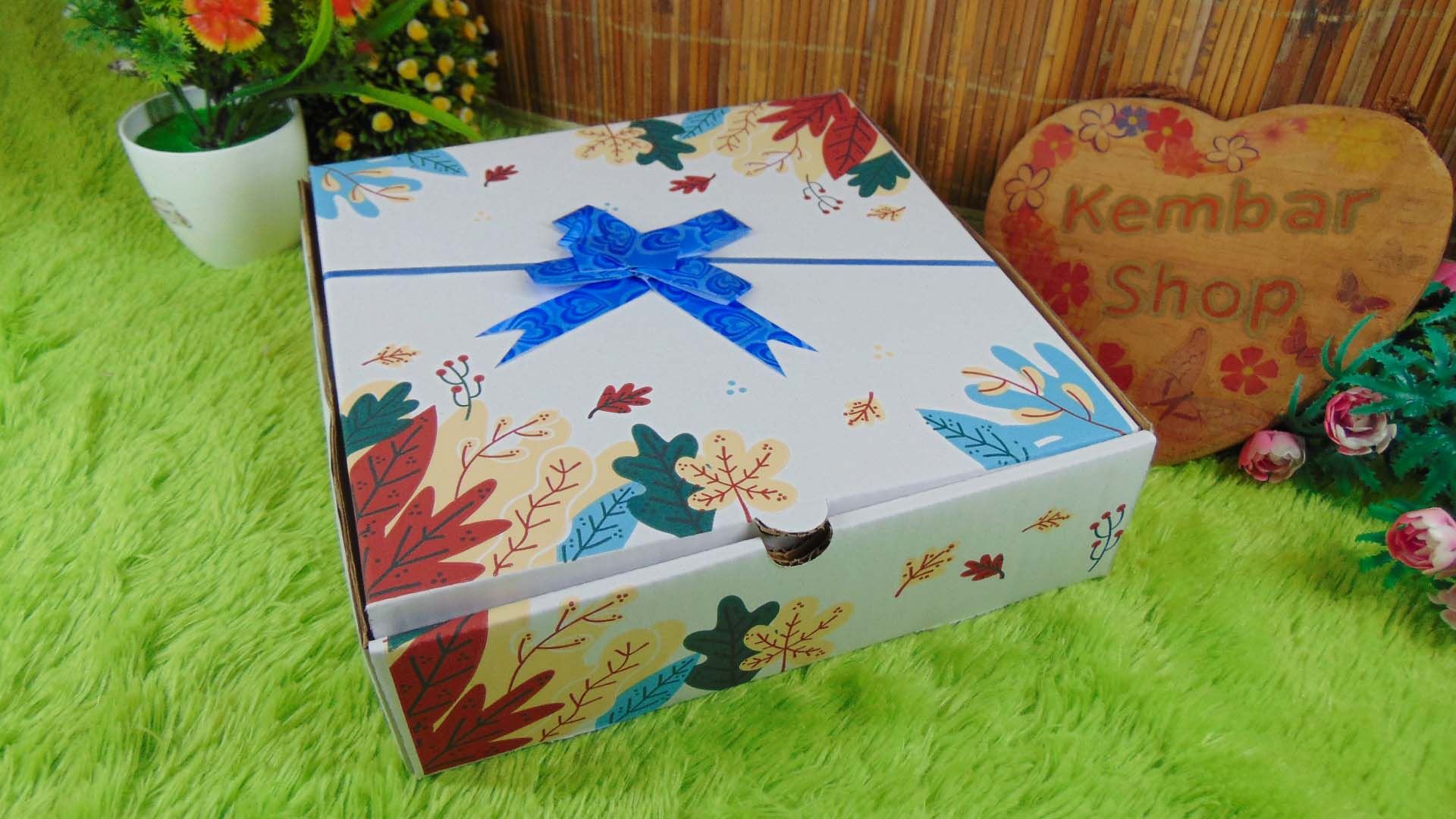 Hampers Paket Kado Bayi Baby Gift Box White Motif Selimut Carter Plus Sleepsuit 3in1 (1)