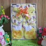 Paket Kado Bayi Baby Gift Little Moo Kuning